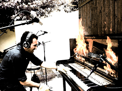 Diego Stocco, Burning Piano